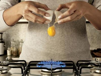 تصویر تبلیغاتی شرکت حمل بار Sedex: تخممرغ