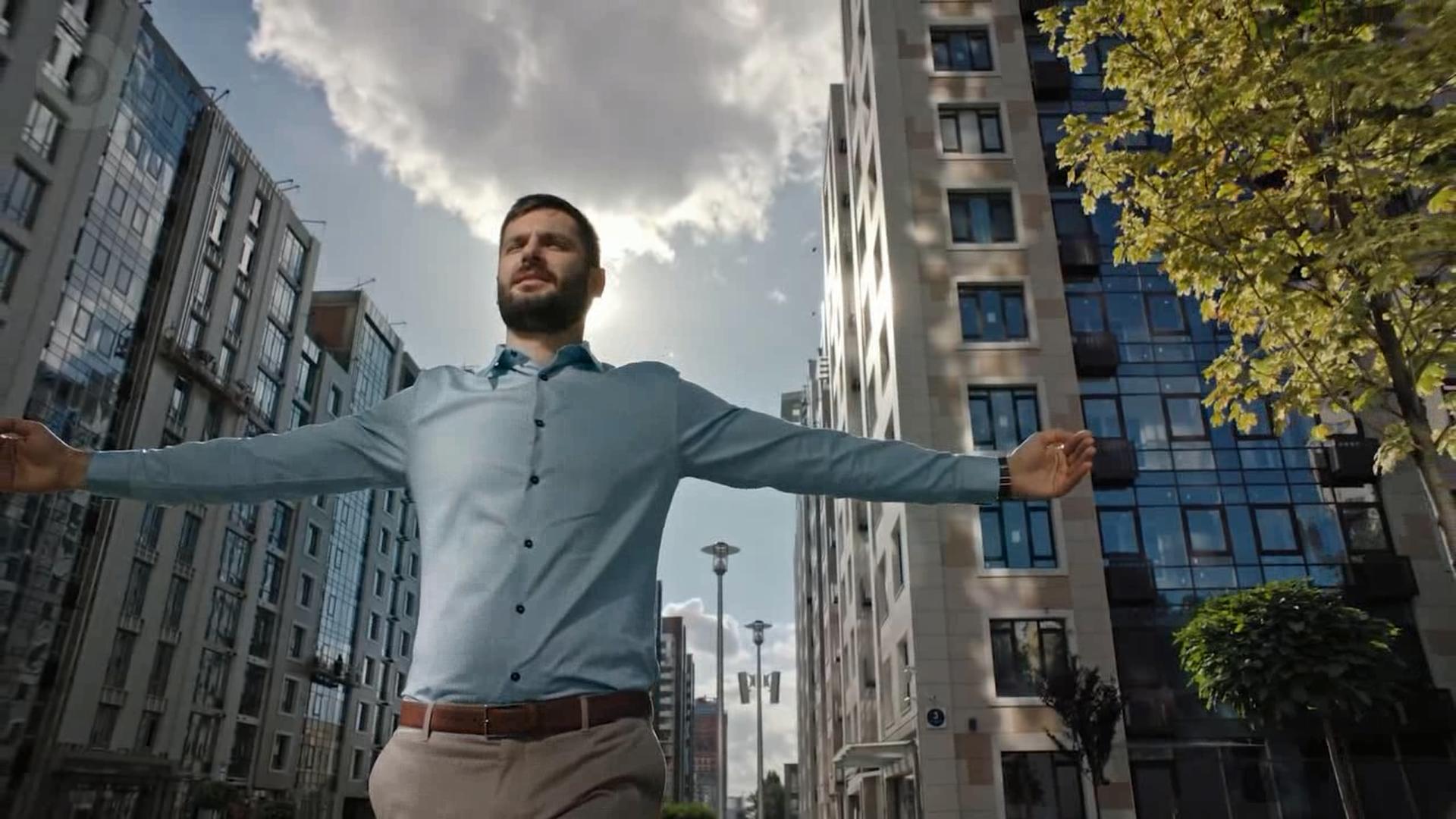 تیزر تبلیغاتی سامسونگ: تلویزیون بزرگ