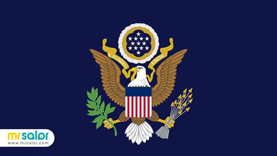 عقاب سر سفید، نماد بزرگ ایالات متحده آمریکا و پرچم آمریکا